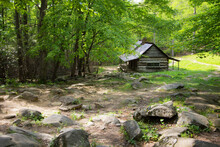 Historic Smoky Mountain Log Cabin. The Ogle Cabin And Homestead On The Roaring Fork Motor Nature Trail In The Great Smoky Mountains National Park In Gatlinburg, Tennessee.