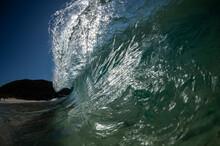 Glassy Waves, Australia