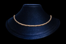 Jewelry Gold Braided Chain Around The Neck
