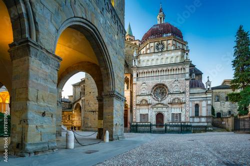Foto Beautiful architecture of the Basilica of Santa Maria Maggiore in Bergamo, Italy