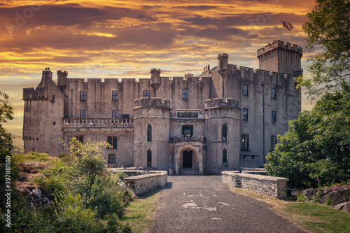 Fotografie, Obraz Front entrance of Dunvegan Castle on the Isle of Skye, Scottish Highlands at Loc