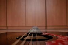Gryf I Struny Gitary Akustycznej