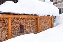 Catasta Di Legna Legni Da Ardere Caminetto Neve Inverno Freddo Riscaldarsi