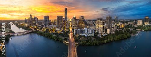 Downtown Austin Texas with capital and riverfront - fototapety na wymiar