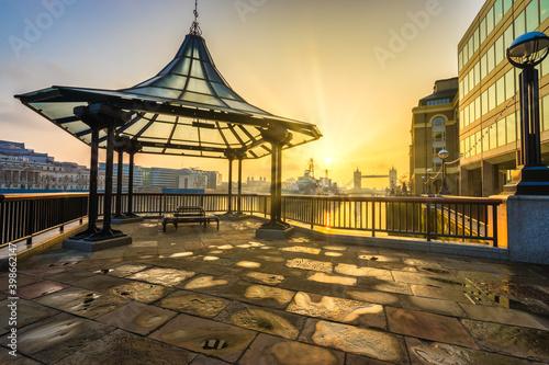 Valokuva More London riverside at sunrise near Tower Bridge. London