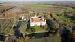 Schloss Westerwinkel in Deutschland - Drohnenaufnahme 4 Video