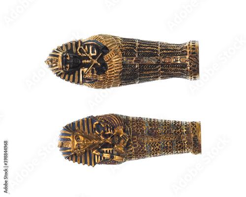 Billede på lærred Egyptian mummy sarcophagus Isolated on white background