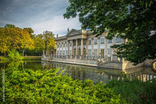 Łazienki Warszawskie - pałac na wodzie #399066521