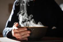 Bol De Thé Chaud Et Sa Fumée
