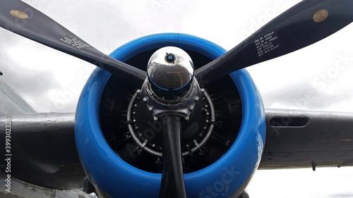 Billede på lærred Close up of the propeller for a B-29 Bomber.