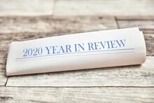 2020 Year In Review Auf Zeitung Als Titelseite