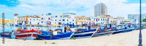Fotografía Panorama of old fishing boats in Bizerte port, Tunisia