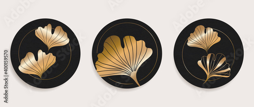 Foto Golden Ginkgo leaves wall arts background vector