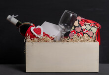Shopping Wine Bottle Red Heart Bag Valentine's Day Box Delivery Glass