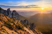 Ukraine, Ivano-Frankivsk Region, Verkhovyna District, Carpathians, Chornohora, Sunrise Over Mountain Shpytsi