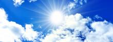 青空と太陽と白い雲