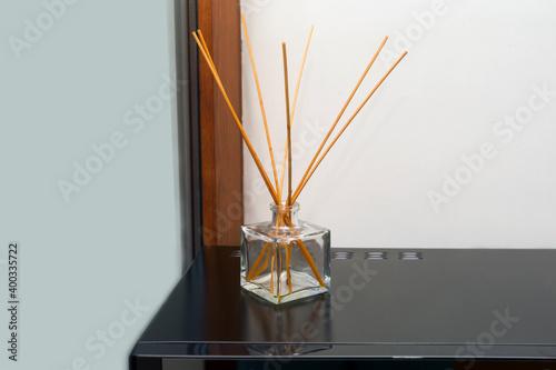 Obraz scented sticks in a bottle - fototapety do salonu