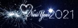 New Year 2021 als Leuchtschrift aus Lichterketten