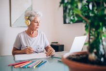 Woman Drawing, Taking Online Art Course
