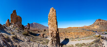 Spain, Santa Cruz De Tenerife, Roques De Garcia Formation In Teide National Park With Mount Teide In Background