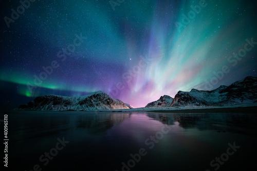 Fotografie, Obraz Aurora borealis on the Beach in Lofoten islands, Norway