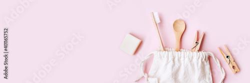 Carta da parati Banner of zero waste set for bathing on light pink background.
