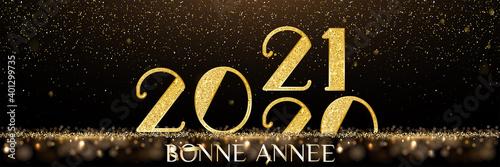 Fototapeta carte ou bandeau sur Bonne Année 2021 en or sur un fond noir et marron en dégradé avec des paillettes obraz