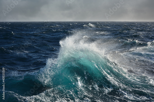 Foto sea wave in the atlantic ocean during storm