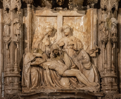 Altarpiece with the sculptural group of The Piety, Cathedral of Huesca, Aragon, Fototapete