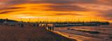 Fototapeta Fototapety z morzem do Twojej sypialni - Zachód słońca na molo, Polska