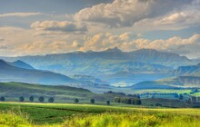 DRAKENSBERG MOUNTAINS, View Over Farmlands In The Foothills And Valleys