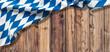 Münchner Oktoberfest Konzept mit Textfreiraum auf rustikalem Holz
