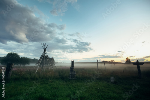 Sunset in village of Old Believers in the Russian outback. Fototapete