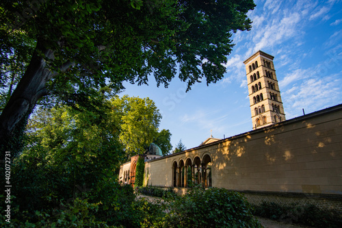 Tela Beautiful campanile of evangelical church of peace at sanssouci castle park in p