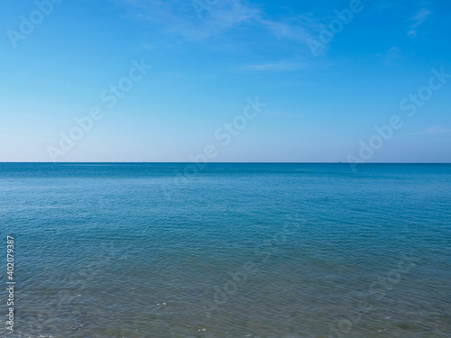 Billede på lærred Beachside during the day with clear sky and beautiful beaches in Thailand