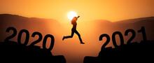 Sprung Zum Jahreswechsel Von 2020 Zu 2021 Mit Jahreszahl