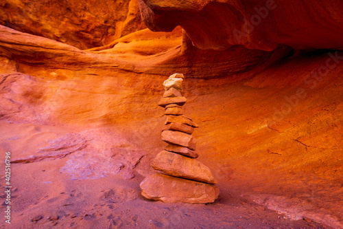 Canvas Print Red rock cairn in Arches National Park