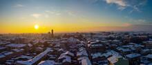 Tramonto Sopra I Tetti Di Galliate Dopo Un'intensa Nevicata, Novara, Piemonte, Italia