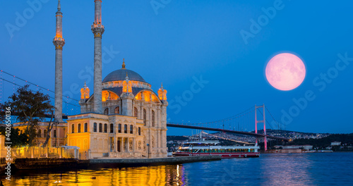 Fotografia, Obraz Ortakoy mosque and Bosphorus Bridge Istanbul Elements of this image furnished b