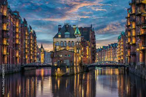 Obraz The historic Speicherstadt in Hamburg, Germany - fototapety do salonu