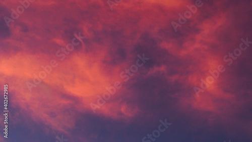 Fotografie, Obraz Fabuleux ciel rougeoyant, pendant le coucher du soleil