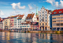 Sunny Morning Cityscape Of Zurich. Picturesque Autumn Scene Of Switzerland, Europe. Stunning Landscape Of Limmat River. Architectural Background..