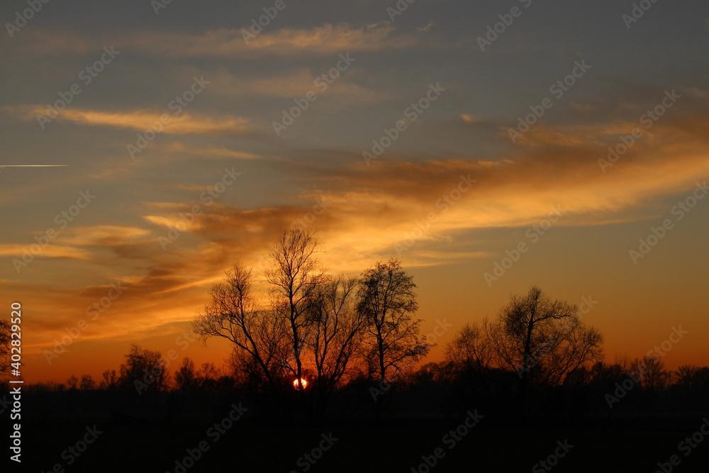 Fototapeta Słońcem malowane - piękny zachód słońca