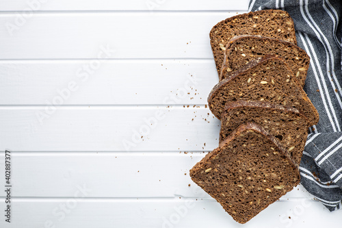 Fototapeta Dieting cereal bread with sunflower seeds obraz