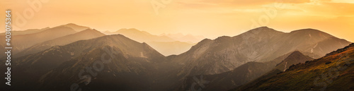 Obraz panorama of the mountains - fototapety do salonu