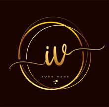 IV Initial Handwriting Logo Golden Color. Hand Lettering Initials Logo Branding, Feminine And Luxury Logo Design Isolated On Black Background.