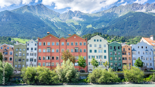 Foto Innsbruck is the capital of Tyrol and fifth-largest city in Austria