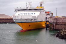 Dieppe. Ferry à Quai Dans Le Port. Seine-Maritime. Normandie