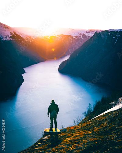 Fotografie, Obraz Sonnenuntergang über dem Aurlandsfjord