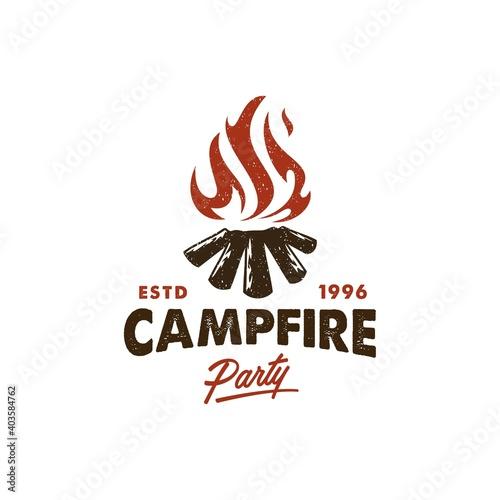 camping invitation logo, hot campfire logs on hand drawn stamp effect vector illustration Fototapet